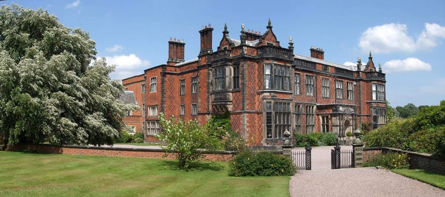 Eriviat Hall Offers All Inclusive Wedding Packages Cheshire.