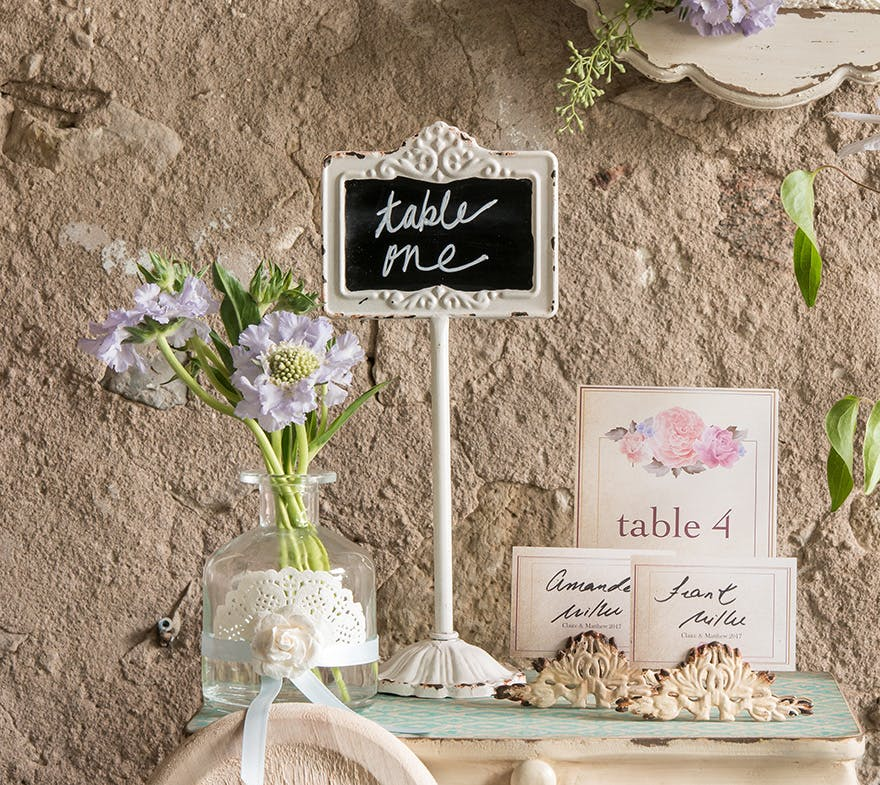 Best Wedding Signs 31 Wedding Signs You Will Love Confetticouk