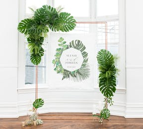 Greenery Personalised Photo Backdrop - Wedding Ceremony Decor Ideas - Green and White Wedding - Greenery and Plants Wedding Theme - Greenery Wedding Trend | Confetti.co.uk