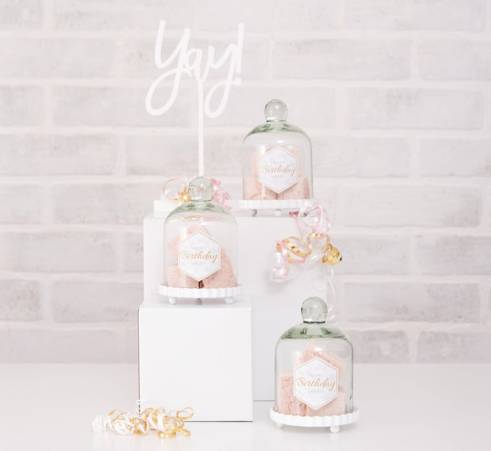 Wedding Cake Stands That Are Pure Wedding Goals
