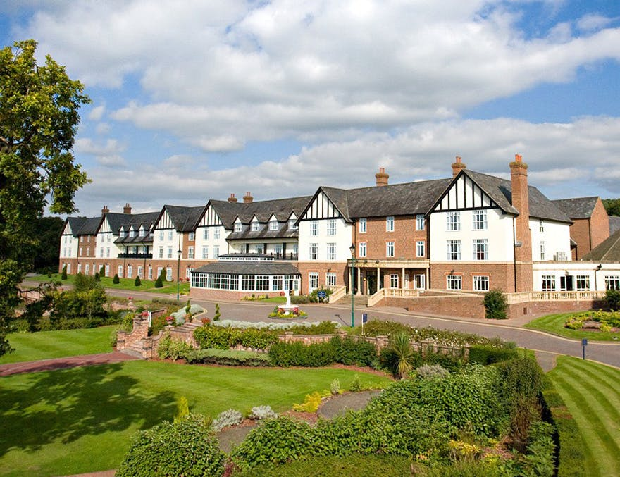 De Vere Carden Park HotelGolf Resort and Spa in Cheshire - Cheshire Countryside Wedding | Confetti.co.uk