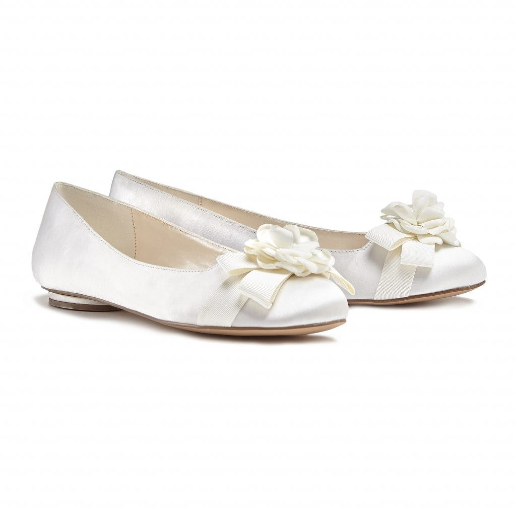 56df1f9ff Flat Wedding Shoes: 11 Flat Wedding Shoes for Comfort and Style