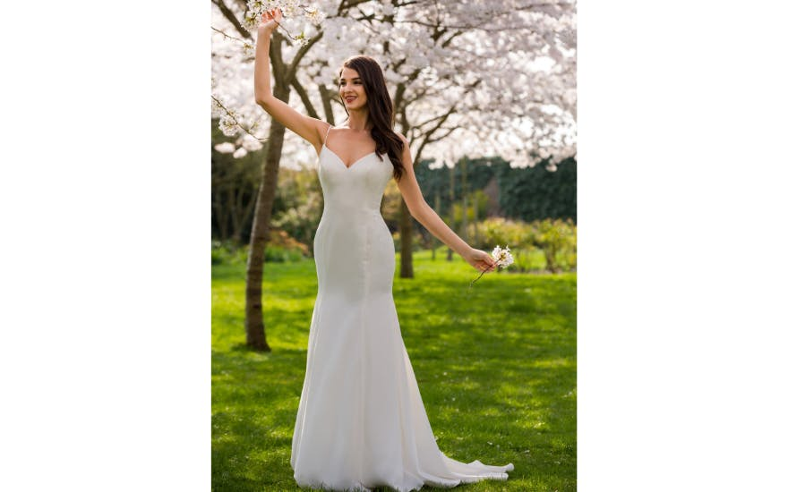 simple strappy wedding dress