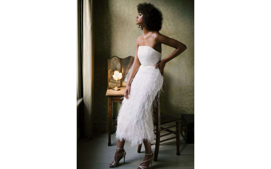 strapless-wedding-dress-with-feathers