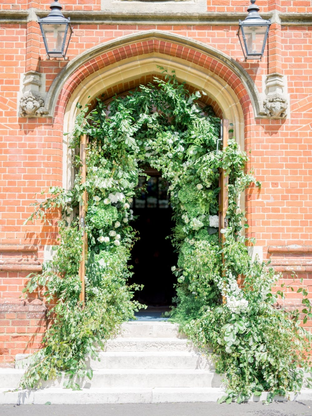 green-wedding-arch