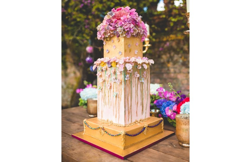 Cake Trends 2020.Luxury Weddings Trends For 2020 Confetti Co Uk