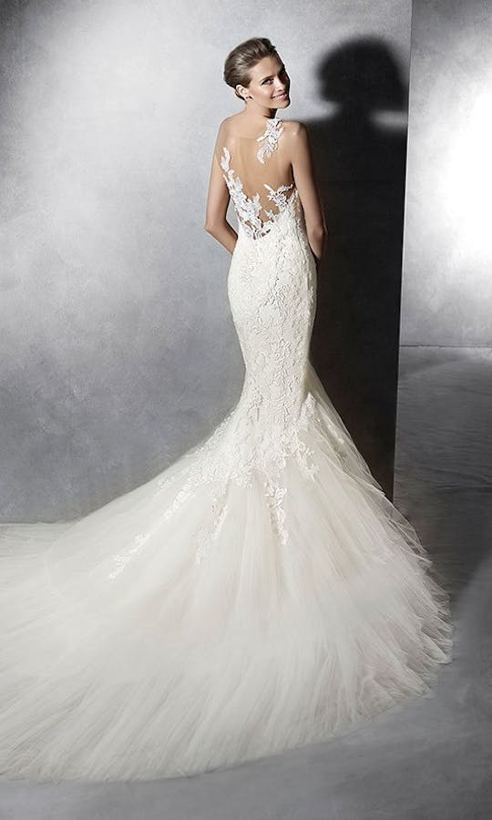Pronovias 2016 Bridal Proa #1