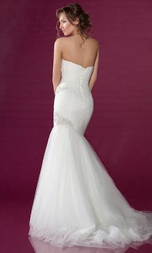 Benjamin Roberts Wedding Dresses 2402 #4