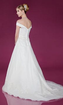Benjamin Roberts Wedding Dresses 2403 #5