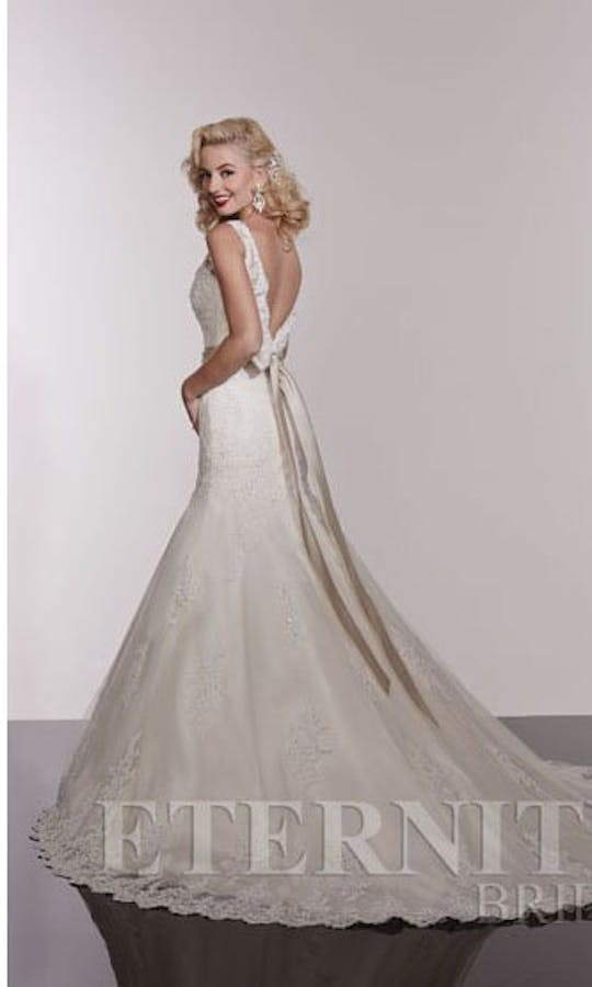 Eternity Bridal Summer 2015 D5209