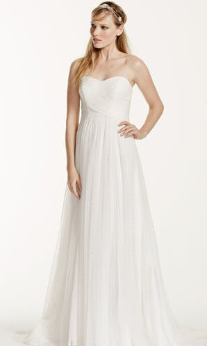 David's Bridal 2016 Galina WG3438