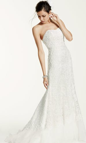 David's Bridal 2016 Galina Signature SWG400