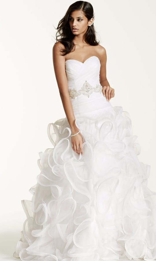 David's Bridal 2016 Galina Signature SWG492