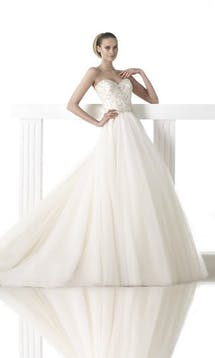 Pronovias Wedding Dresses Mada #14