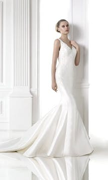 Pronovias Wedding Dresses Madrid #15