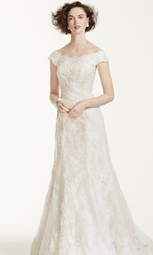 David's Bridal Spring 2016 Oleg Cassini CWG533 #4