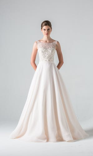 Anne Barge Blue Willow Bride Peony