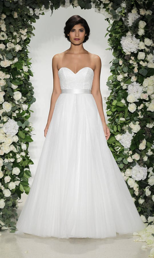 Anne Barge Blue Willow Bride Plaza