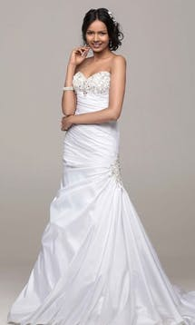 David's Bridal Hall of Fame 2015 V3476 #9