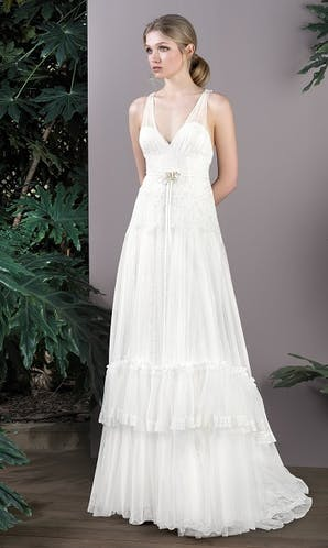 Inmaculada Garcia Hanami: My Essentials Wedding Dresses Arata