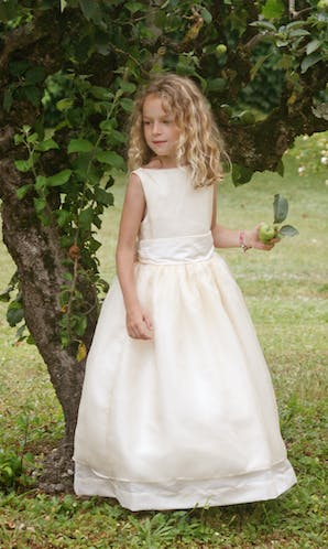 Little Eglantine Flower Girls 2017 Caroline