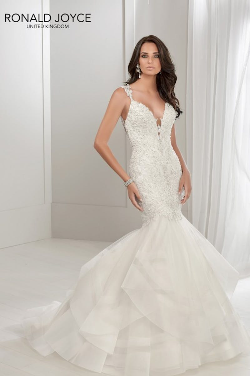 a0e69226f52 V Neck Wedding Dresses With Sleeves Uk - Data Dynamic AG