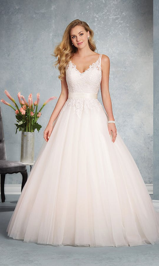 6daf4a87def34 2624 wedding dress - Alfred Angelo Bridal Collection: Spring 2017 ...