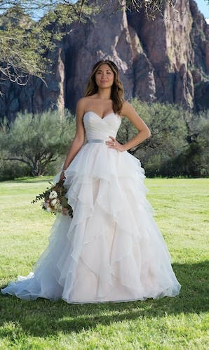 Sweetheart Gowns Spring/Summer 2018 1152
