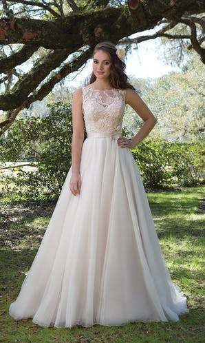 Sweetheart Gowns Spring/Summer 2017 6165