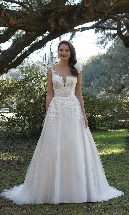 Sweetheart Gowns Spring/Summer 2017 6166