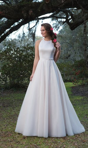 Sweetheart Gowns Spring/Summer 2017 6173
