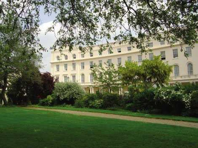 One Park Crescent