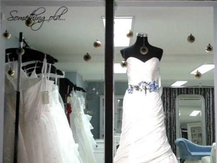 698f0edbe576 Glastonbury Weddings   Bridalwear Ltd