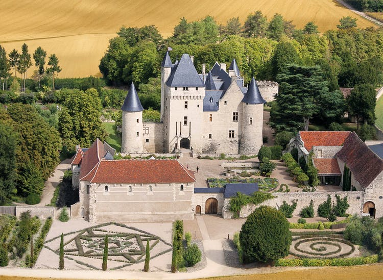 Chateau and Garden Rivau