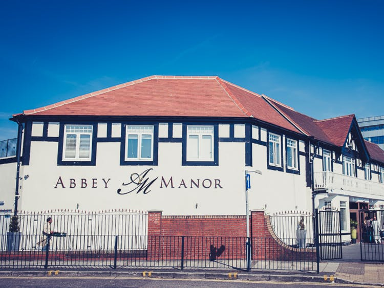 Abbey Manor