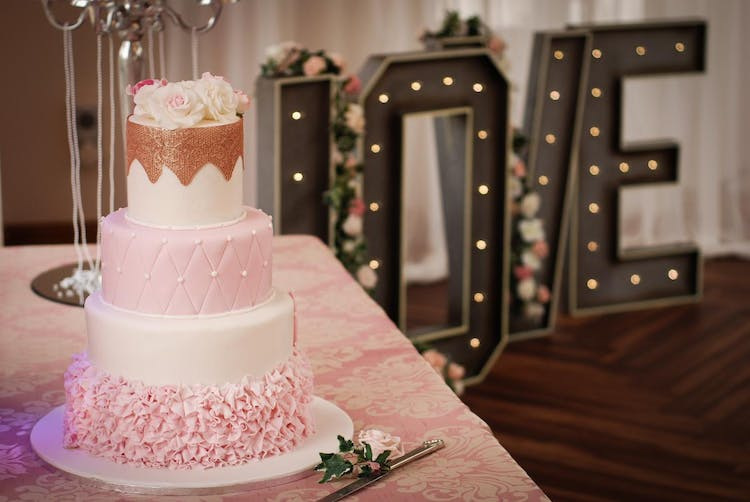 Cake My Day Wedding Cake at Orchardleigh Estate