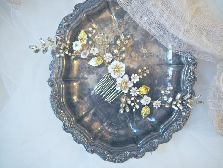 Sophia pink and white mother of pearl floral hair comb