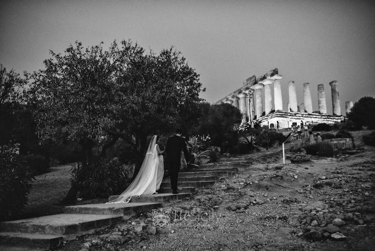 Wedding overlooking the temple