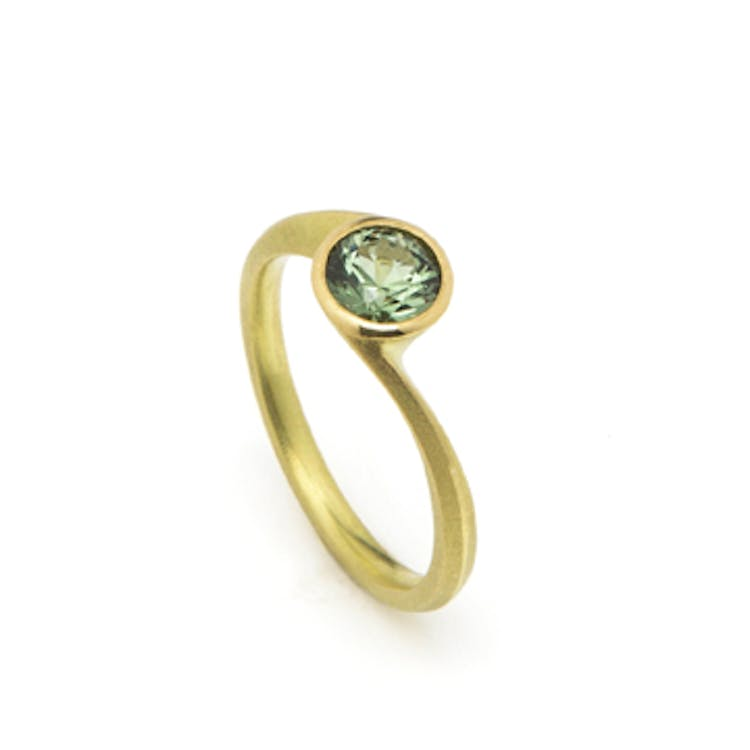 18ct Yellow gold & Green Sapphire Ring