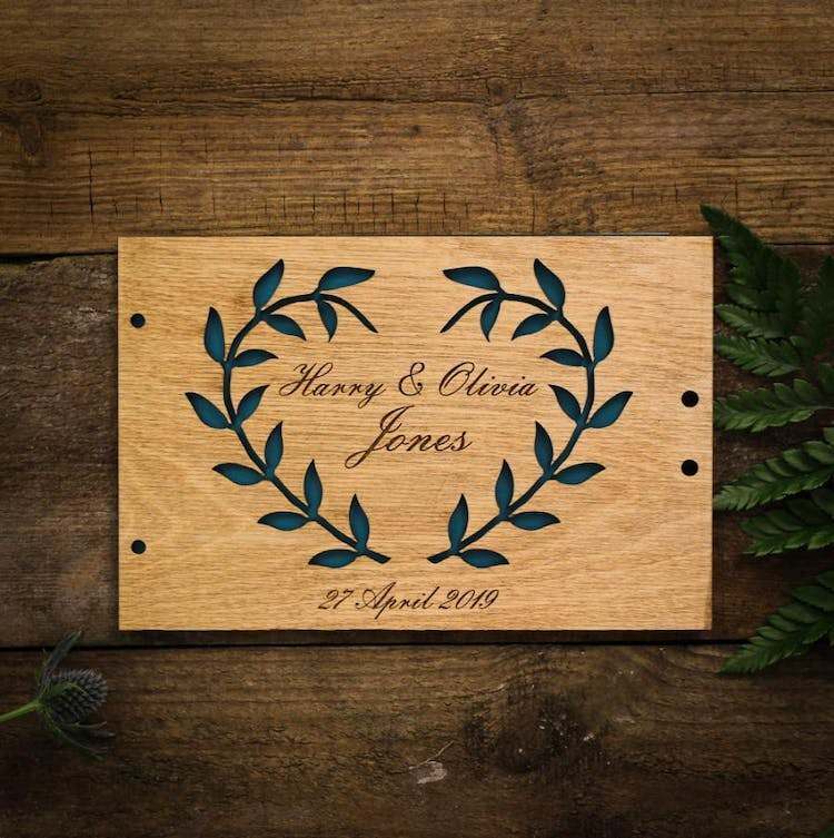 Traditional laurel guest book