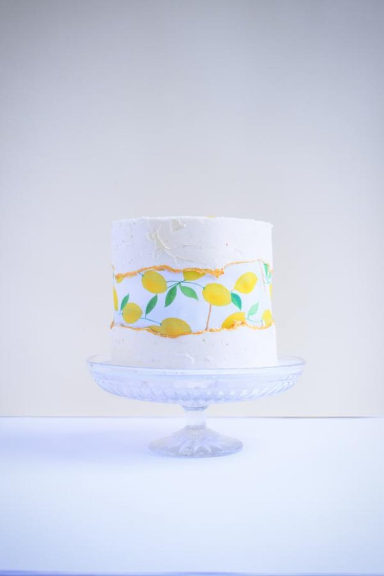 Small Wedding Cake with Edible Lemon Print centre