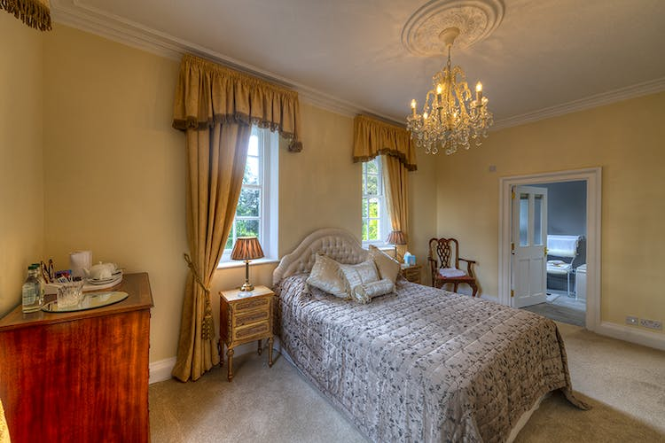 Avenue Room with lovely ensuite bathroom